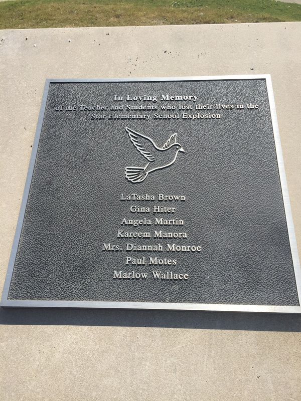 Star Elementary Memorial Sign