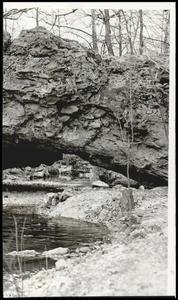 Natural Bridge Cookson Hills.jpg