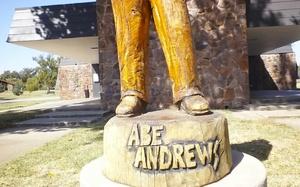 201510_Andrews-statue-base_Lemons.jpg